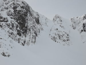 Broad Gully (middle) - Climbers at start of Dorsal Arete