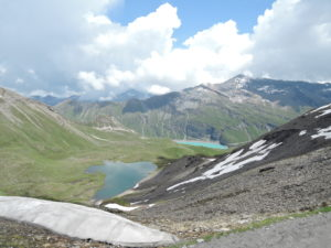 Col de Torrent 2919m - Barrage de Moiry at the bottom - Col de Sorebois far ahead.