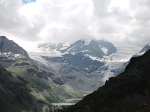 Bishorn and Weisshorn into the clouds