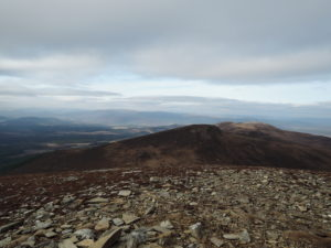 Meall a'Bhuchaille summit - view to Creagan Gorm and Craigowrie